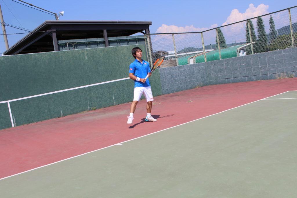 テニスウェアでパフォーマンスが変わる2つの理由!とくに試合の時は大事!